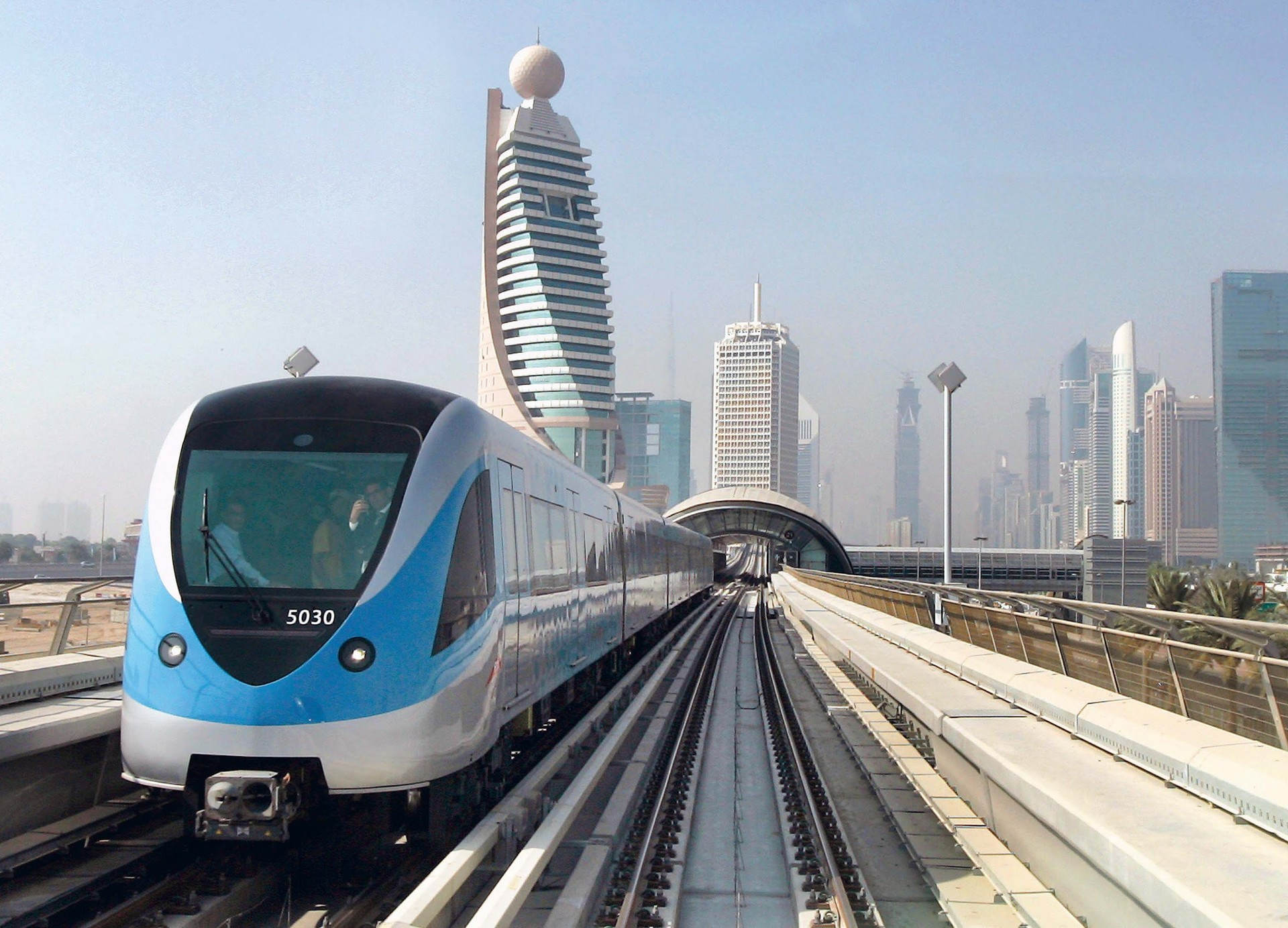 Dubai Metro Fares, Tickets & Timings – Complete Guide For Travelers